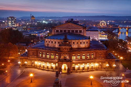 Semperoper seen from Hausmannsturm