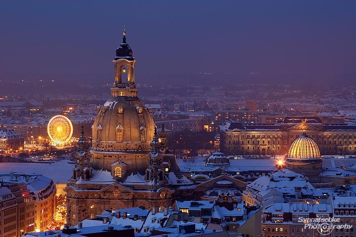 weihnachten in dresden frauenkirche winter in dresden dresden germany europe. Black Bedroom Furniture Sets. Home Design Ideas