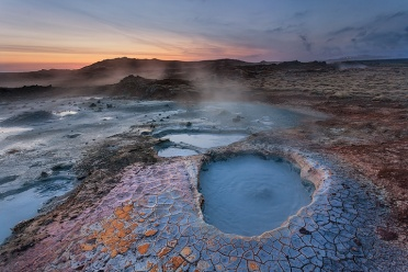 Boiling Mud and Cracked Earth