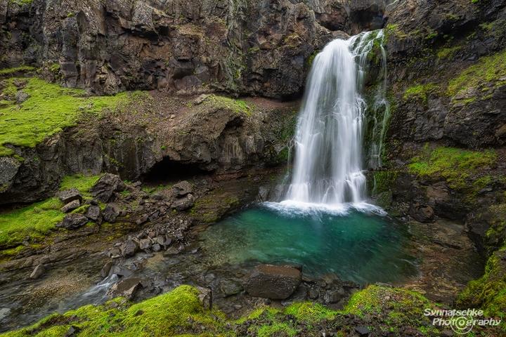 Hidden Waterfall | Waterfalls | Iceland | Europe | Synnatschke ...