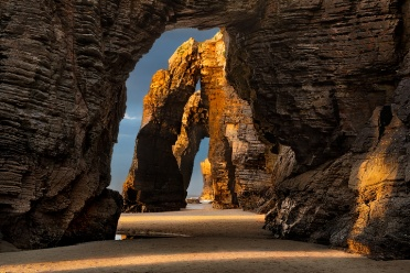 Playa de las Catedrales - Row of Arches